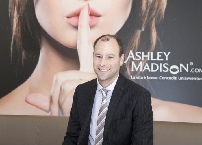 Ashley Madison: 6 straniere su 10 sognano la scappatella Made in Italy