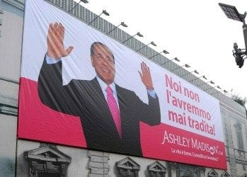 BERLUSCONI MAXI BILLBOARD 5