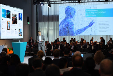 SHAPING DIGITALIZATION - INNOVATION AT SIEMENS 1