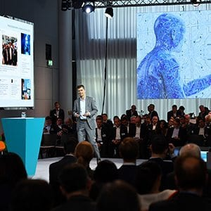 SHAPING DIGITALIZATION - INNOVATION AT SIEMENS 6