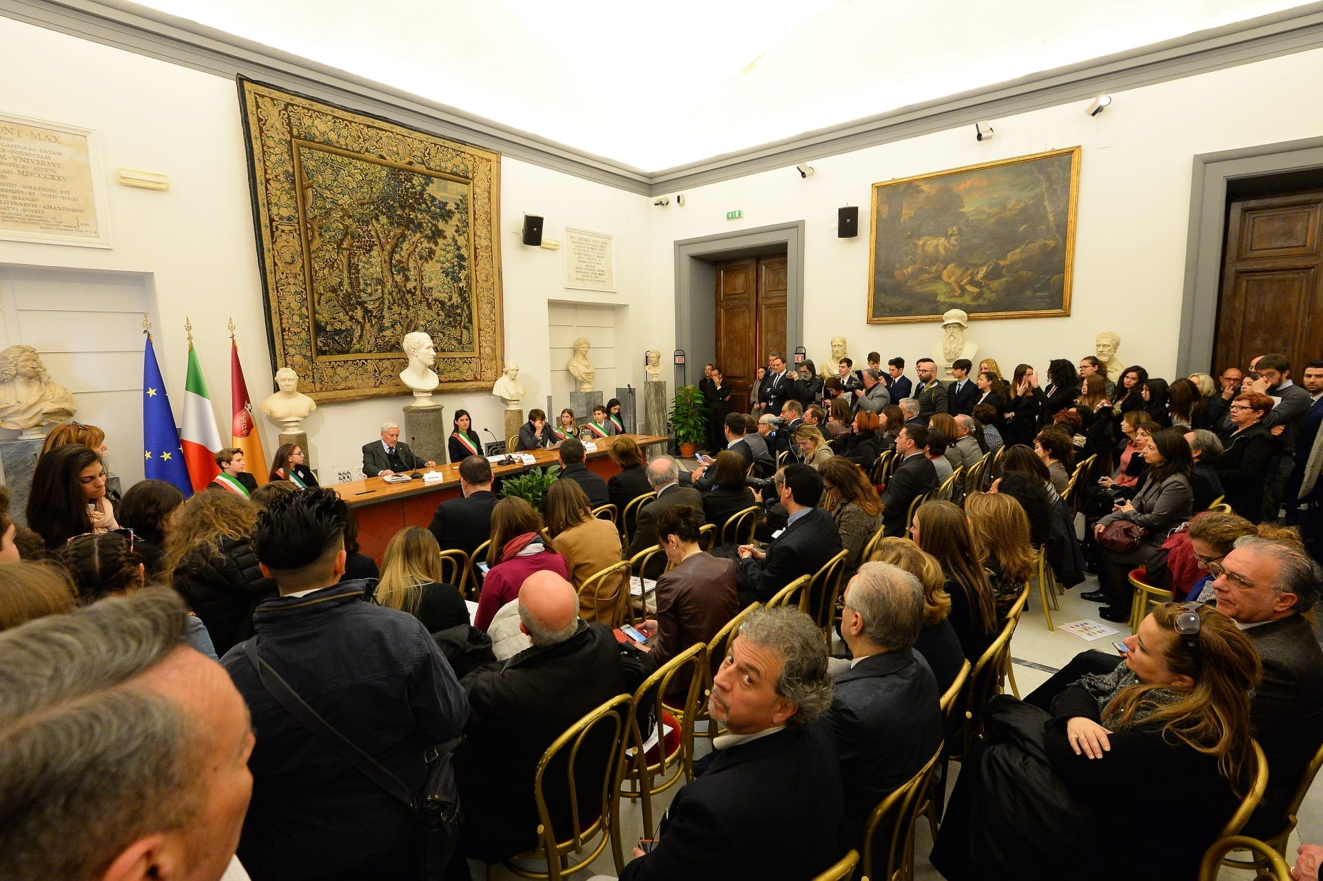 Sala Piccola Protomoteca : Il viaggio della costituzione roma spencer & lewis