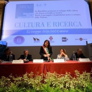 """""""Dialoghi sulla Costituzione"""": a Firenze il confronto su Cultura e ricerca"""
